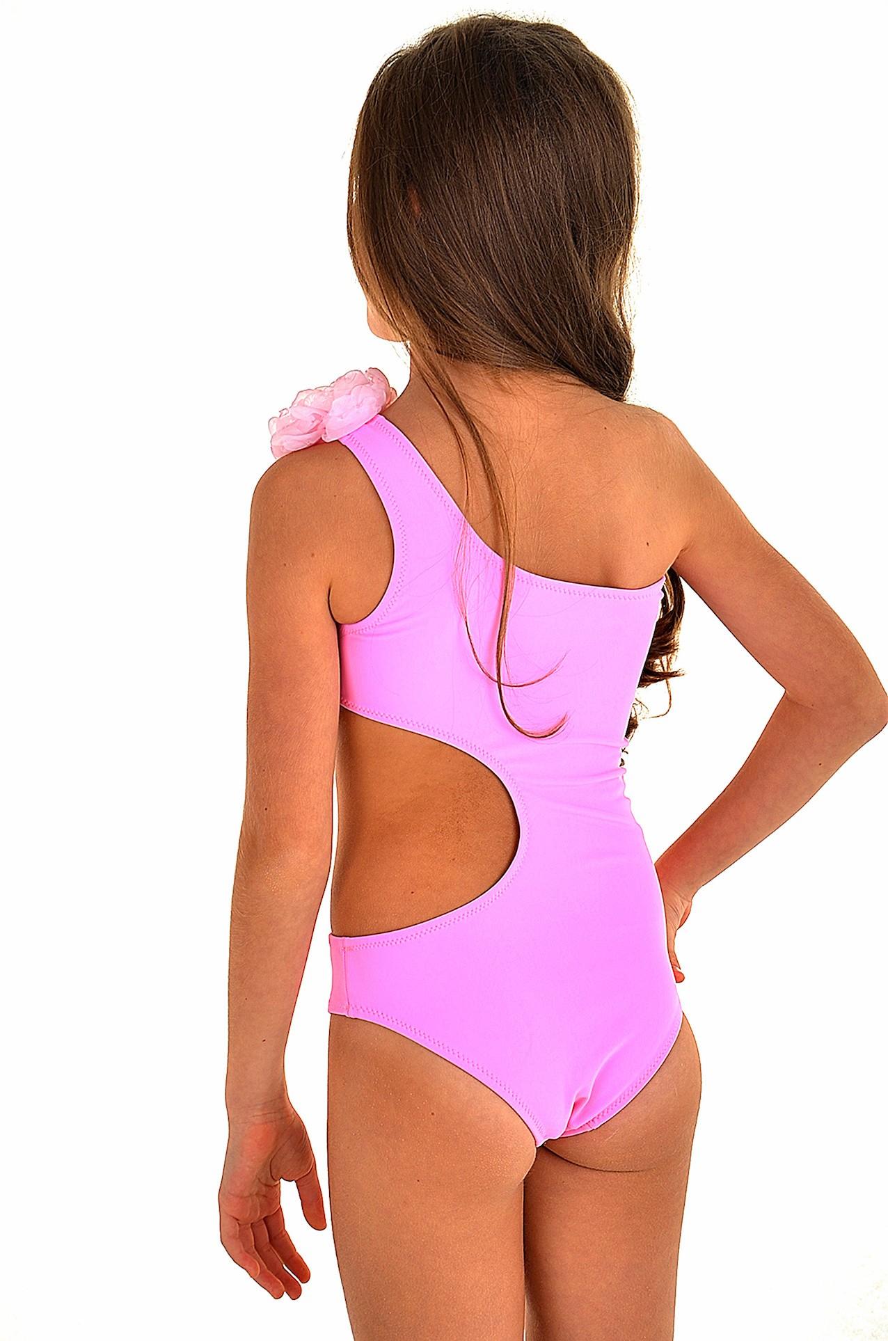 3381812c8c568 Закрытый розовый купальник для девочки на одно плечо BAEL Пион 5601 R